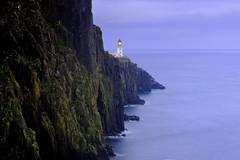 Evening at Neist Point, Isle of Skye (iancowe) Tags: lighthouse skye point twilight glendale dusk stevenson minch hebrides gloaming neist neistpoint neistpointlighthouse lighthousetrek wbnawgbsct
