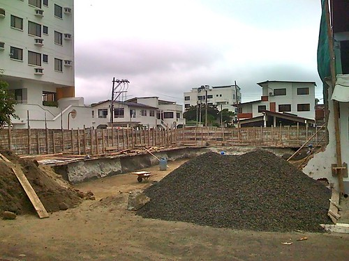 bahia-condo-construction