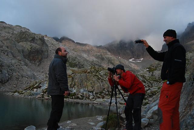 Fotomaf, Ignacio Izquierdo y Jorge de YokmoK en el Lago Blanco