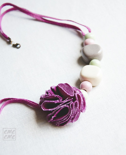 Ice cream Necklace resin, ceramic beads and fabric flower (grey, white, green, pink)