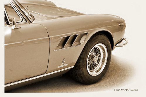 Ferrari 330 ► All kinds of commercial usage incl. hyperlinks are prohibited! ► © Copyright 2011 B. Egger :: eu-moto images 1643cs2