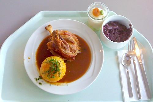 Schweinshaxe mit Semmelknödel / Pork Knuckles with dumpling