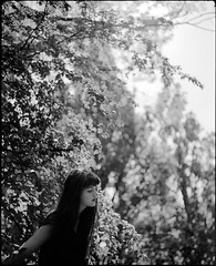 Storm (Jochen Abitz) Tags: light portrait film analog fuji 100 6x7 67 acros 80mm plaubel makina availalble