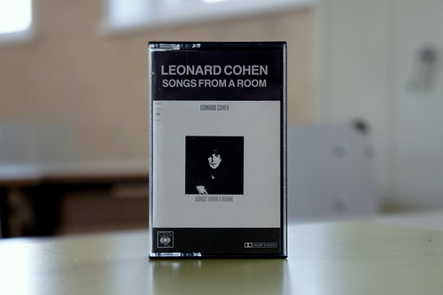 leonard cohen : songs from a room (tape) - view 1 by japanese forms