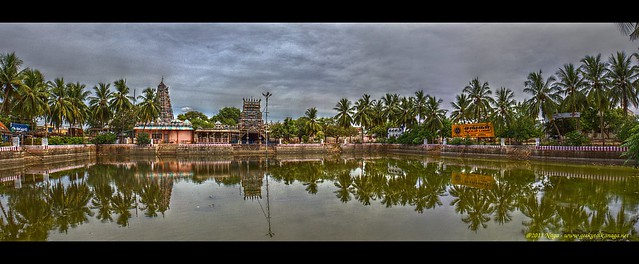 Pillayarpatti temple and tank - Panoramic HDR