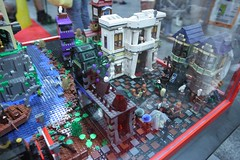 Harry Potter Display Case: - LEGO Booth at Comic Con - 5