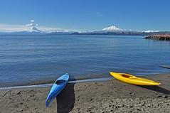Vistas del Lago Llanquihue - Patagonia (Chile) (Noelegroj (Very busy - back soon)) Tags: chile trip travel viaje patagonia naturaleza lake nature landscape lago volcano nikon paisaje puertovaras volcan osorno lakesdistrict calbuco llanquihue regiondeloslagos d5000