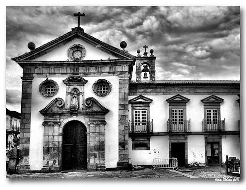 Igreja e Casa do Consistório da Misericórdia de Monção (b/w) by VRfoto