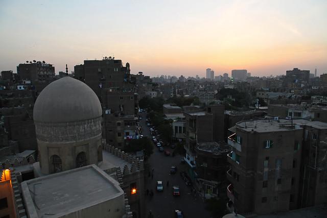 エジプト、サルガトミシュのマドラサから見たカイロの町