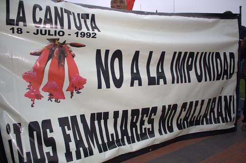 Banner in protest of a pardon for Fujimori