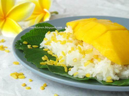 IMG_1481 1Thai mango sticky rice (Khao Nieow Ma-muang)