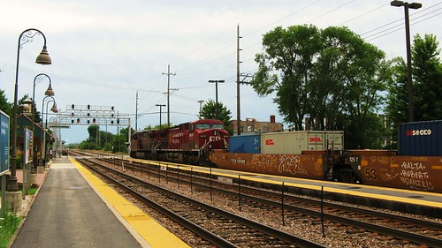 Eastbound Canadian Pacific freight train.  River Grove Illinois USA. Sunday, July 24th, 2011. by Eddie from Chicago