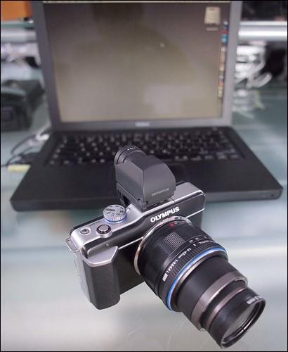 Olympus E-P3 12mm lens