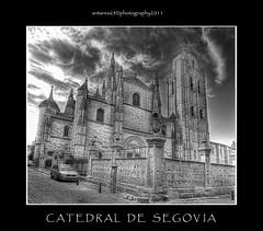 Catedral de Segovia (vista posterior) (antares65 (very busy)) Tags: espaa monochrome arquitectura monumento catedral bn segovia hdr 2011 castillayleon antares65