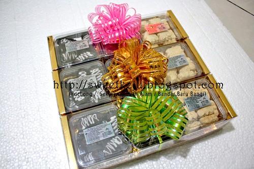 Triple Gift Set Ole-Ole Raya 2011