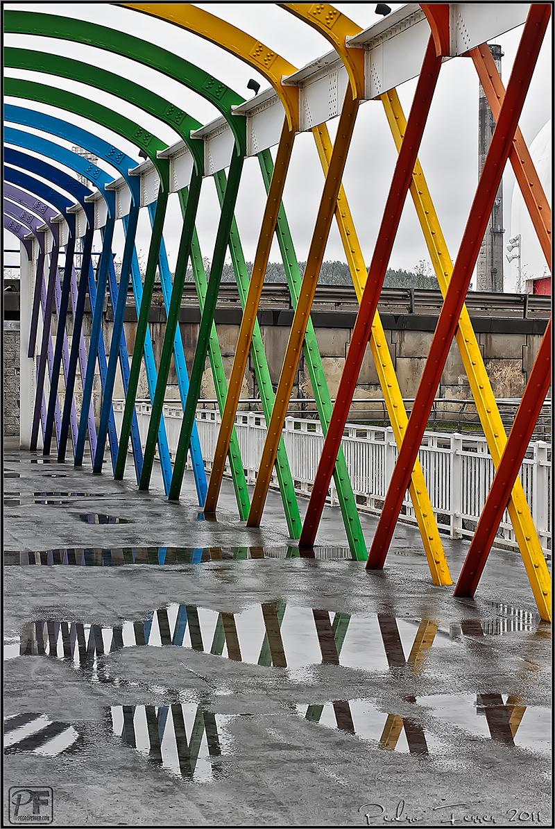 Un pasein por Aviles - Niemeyer puente de hierro