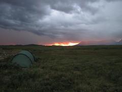 Solnedgång (Kakakrokodil) Tags: sunset trekking fire sweden hiking sverige solnedgång eld fjäll fjällvandring härjedalen pilgrimsleden sylsjön