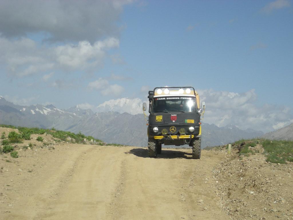 Team Unimog Punga 2011: Solitude at Altitude - 6029382989 a284f2897b b