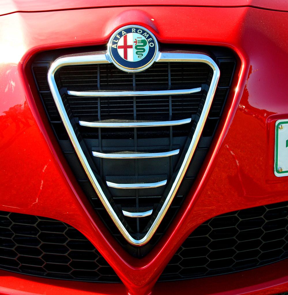 Alfa Romeo Grill