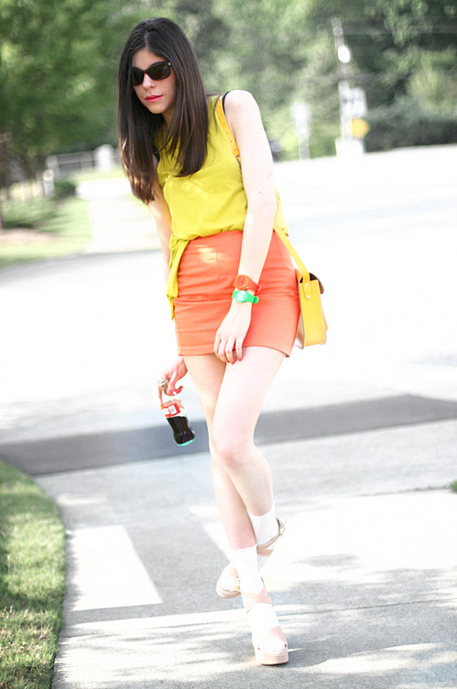 Color Blocking Fashion, Coca Cola, Outfit Style