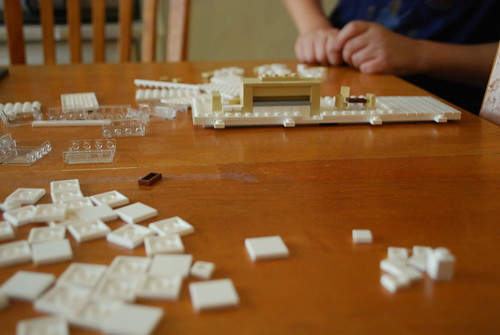 Lego building farnsworth house