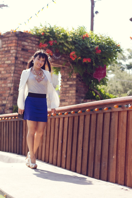 urban outfitters white boyfriend blazer banana republic grey tee express tiered mini skirt steve madden tumbled white slingback pumps amrita singh teteo necklace mk5430
