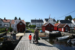 Merd is popular for families (Arendal Tourist Office) Tags: summer vacation holiday sommer sommerferie srlandet arendal merd