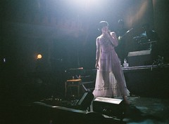 Saint Saviour (Angela Stephenson) Tags: music london film live hoxton 400iso beckyjones saintsaviour
