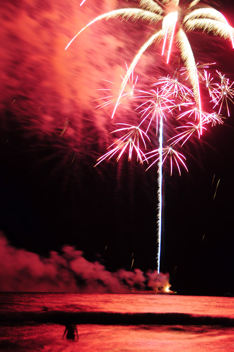 web_fireworks_sparks_0052