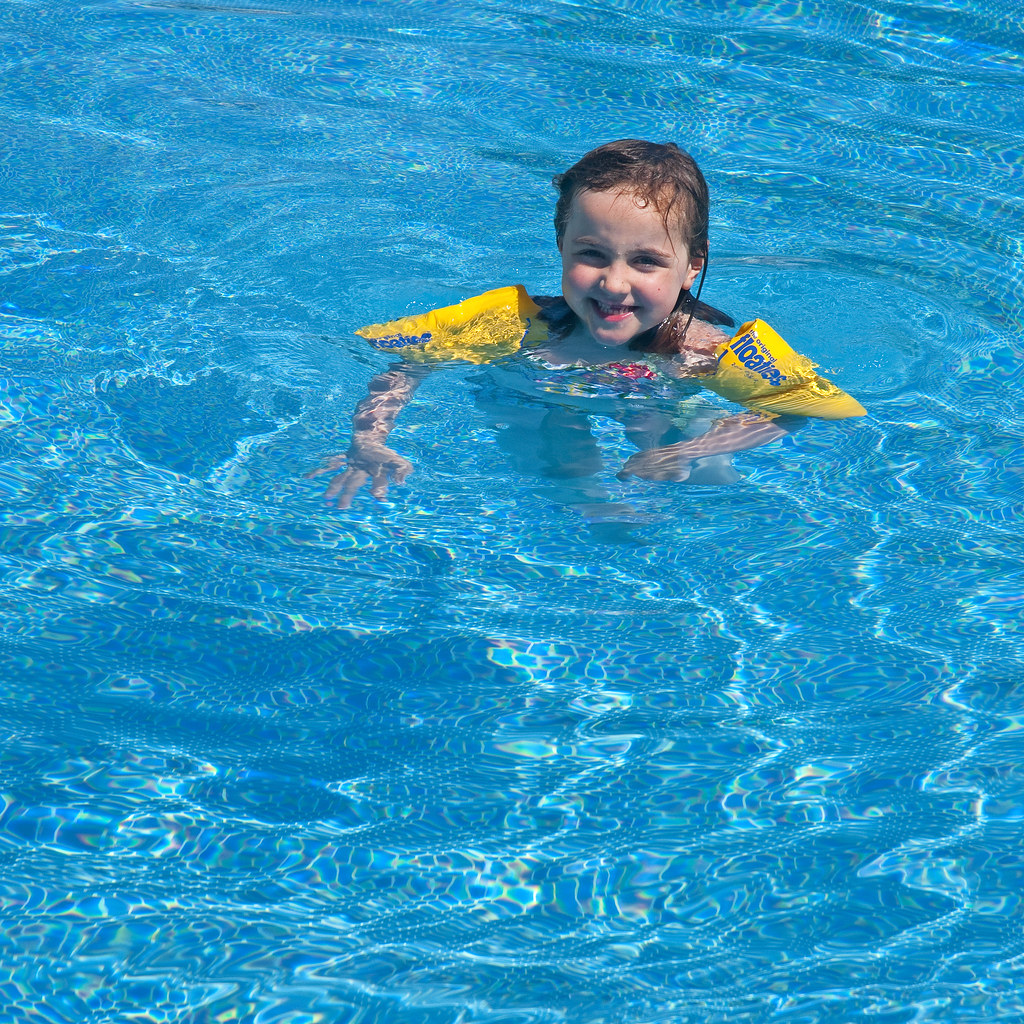 The world 39 s best photos of girl and waterwings flickr - Swimming pool girl christmas vacation ...