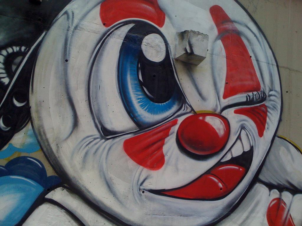 O artista plástico e graffiteiro WARK presenteia a comunidade da rocinha com uma mega pintura de 25 metros