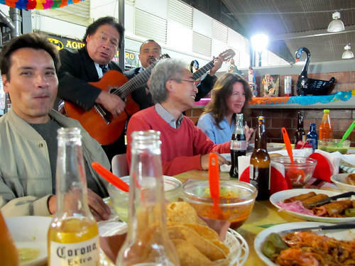 Edwin Castellanos, Doug Nakashima and Anne McDonald with two local musicians at dinner, Mexico City