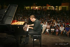 """Dustin O'Halloran @ Locus 2011 - foto M. Giacovelli - 06 • <a style=""""font-size:0.8em;"""" href=""""http://www.flickr.com/photos/79756643@N00/5973324301/"""" target=""""_blank"""">View on Flickr</a>"""