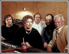 32-311 Arcade records  crew, left to right - herman heinsbroek, timi yuro, jack jackson, david thompson, stanley shulman - The Netherlands 1982 (Catvas2) Tags: pictures family portrait music records holland film rock movie ed hotel google hurt ray alfonso tour image photos cd profile picture nederland charles nelson pic images entertainment bryan crew cover website soul rosemary lp singer roll judy easy willie timothy pick fotografia oldies soulful http photostream rodolfo timi nothern songwriter hyland flickrcom panchito vocalists wop afbeelding dolphy afbeeldingen canzone yuro timiyuro timotea catvas2 httpwwwflickrcomphotostimiyuro httpwwwflickrcompeopletimiyuro wwwflickrcompeopletimiyuro
