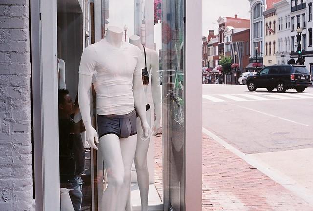 7 25 georgetown mannequins