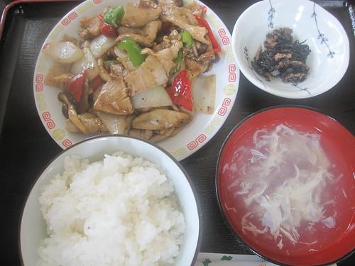 きのこ肉炒め@食べ笑い(桜台)