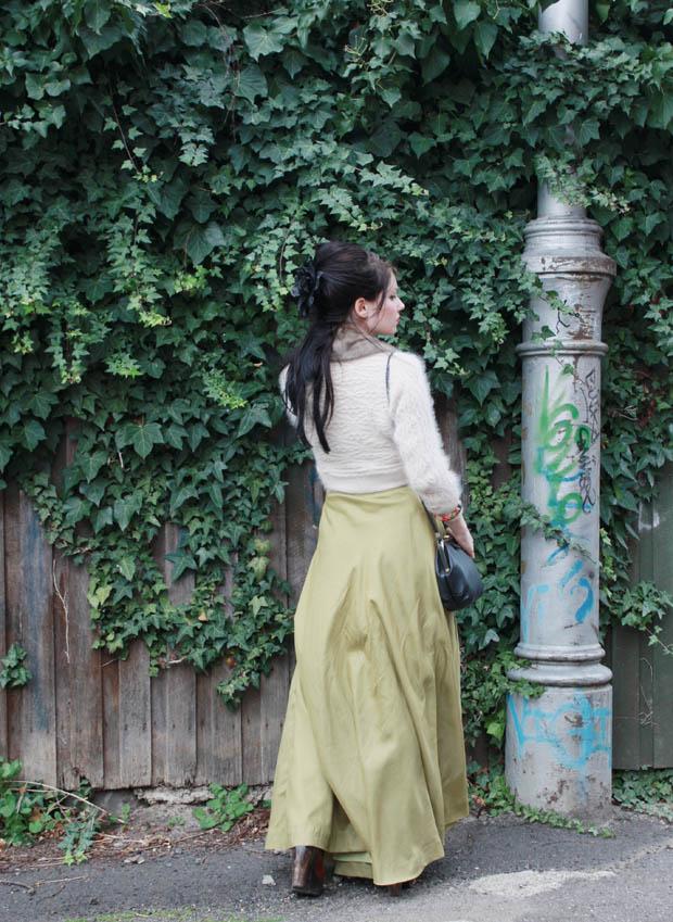 green maxi skirt c
