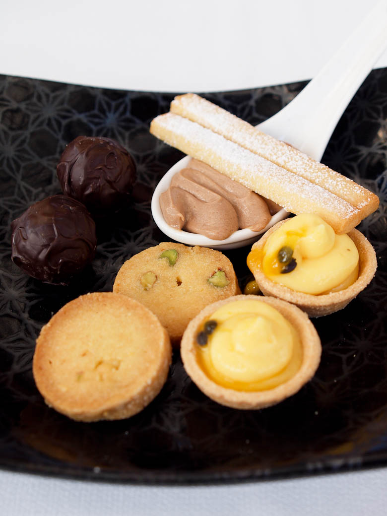 Taxi Dining Room - Petit Fours