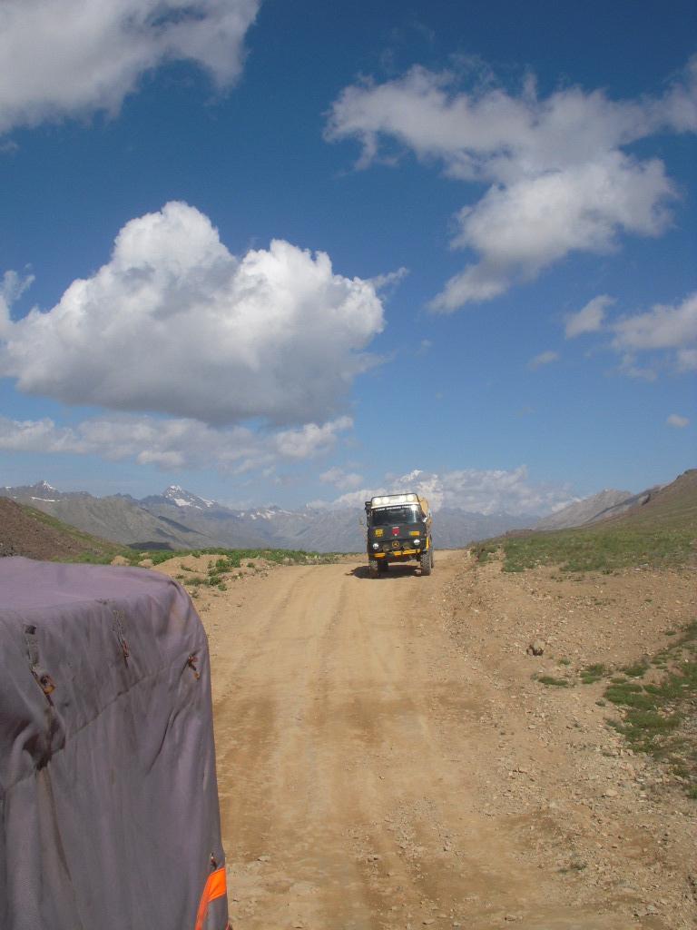 Team Unimog Punga 2011: Solitude at Altitude - 6029197017 1864575336 b