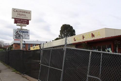 Hawthorn's Motel California in 2011