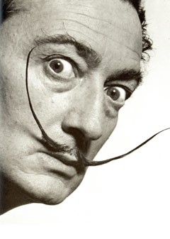 salvador-dali-famous-moustache-240ls110410
