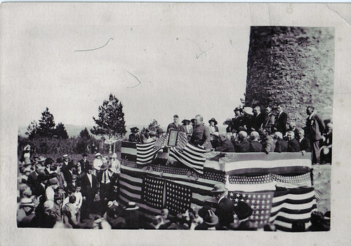 The 1919 dedication of Friendship Tower.