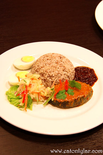 Nasi Dagang with Ikan Tongkol, Herbs & Spices