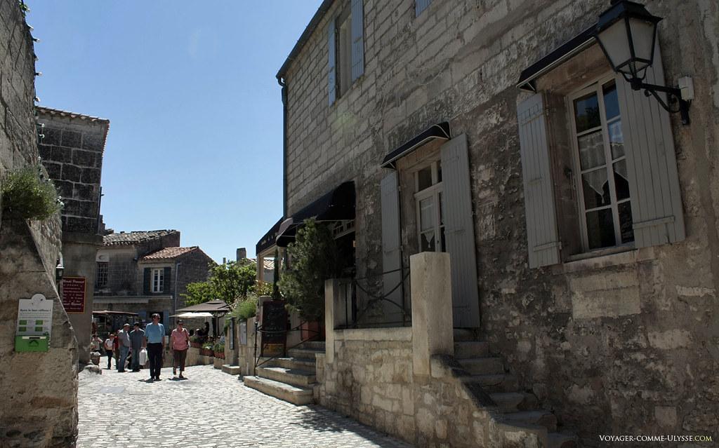 Le village a su garder son architecture médiévale, toute en pierre