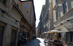 "via dei Giubbonari • <a style=""font-size:0.8em;"" href=""http://www.flickr.com/photos/89679026@N00/6204278676/"" target=""_blank"">View on Flickr</a>"
