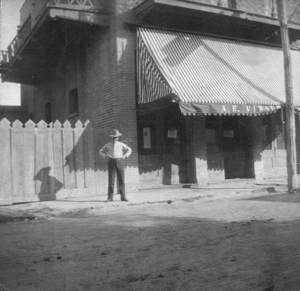new awning, 313 Convent St., Laredo, TX, abt. 1911