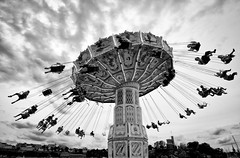 Carousel.. (Peter Levi) Tags: city sky people lund canon sweden stockholm carousel tokina 1224mm grna wow1 wow2 wow3 wow4 wow5 wowhalloffame 450d bestcapturesaoi doublyniceshot elitegalleryaoi mygearandme mygearandmepremium mygearandmebronze mygearandmesilver mygearandmegold ringexcellence dblringexcellence tplringexcellence