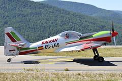 _FER7839 (FOlmeda) Tags: seu cap catalunya vol aeroport aeropuerto acrobatic hayas pirineus zlin campionat laseu su29 cap10 montferrer sukhoi29 ecfvk eclgs ecxfo campionatdecatalunyadevolacrobatic aeropuertopirineus