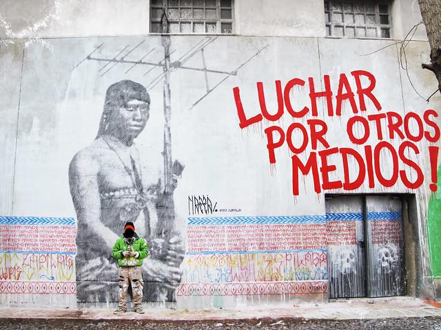 LUCHAR POR OTROS MEDIOS!! / TECNOPOLIS 2011