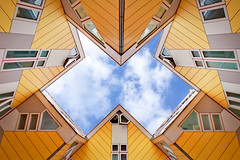 Cube crazy (80D-Ray) Tags: rotterdam geometry cubes cubehouses